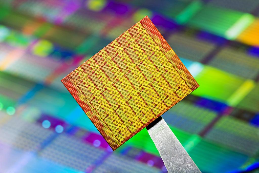 Intel,Iris,Haswell, Новые чипы Intel Iris повысят производительность ноутбуков в играх и видео