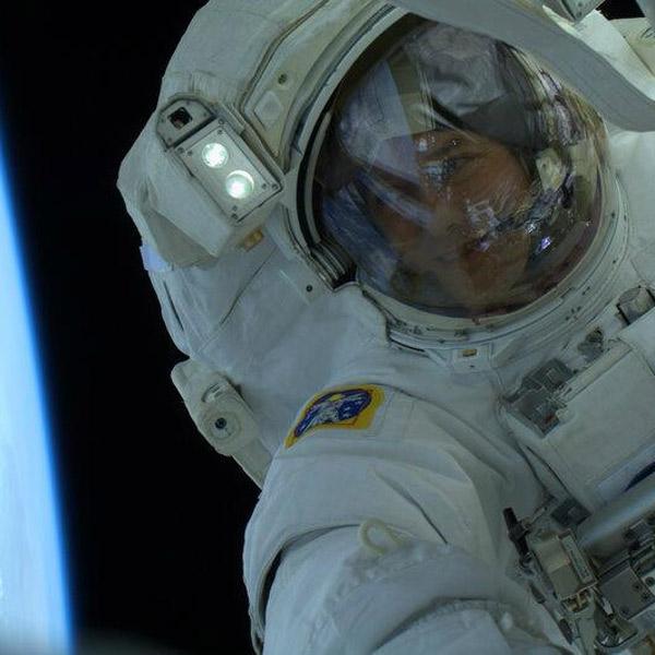 космос, МКС, Том Машберн, выход в открытый космос, Великолепные снимки с космической станции Emergency EVA