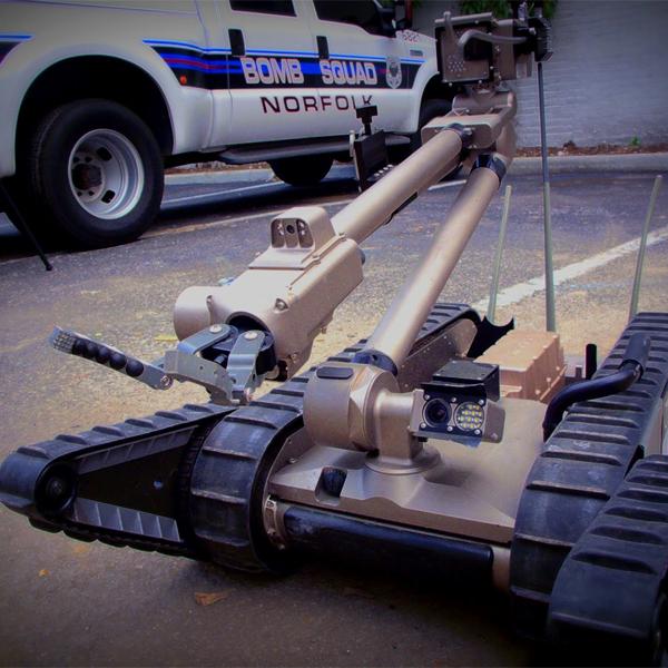 Роботы, iRobot, PackBot, Бразильское правительство инвестирует в робокопов