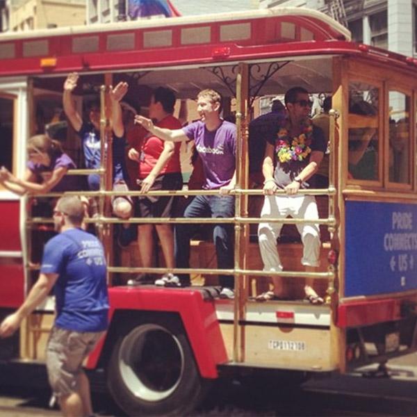 Facebook, соц. сети, IT-сообщество, Марк Цукерберг принял участие в гей-параде
