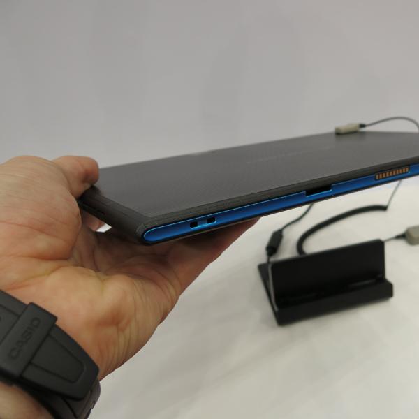 Fujitsu, планшет, Fujitsu Arrows Tab FJT21 – первый планшет со сканером отпечатков пальцев на базе Android