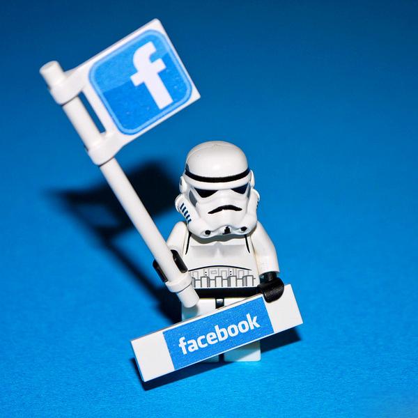 Facebook, контент, соц. сети, Facebook предоставил подросткам больше возможностей для самовыражения