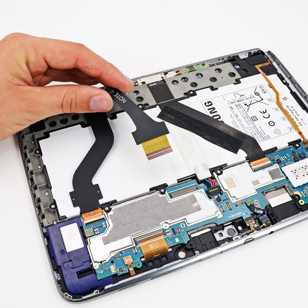 Samsung,Китай, Китайские СМИ обвинили Samsung в отказе от гарантийного ремонта телефонов