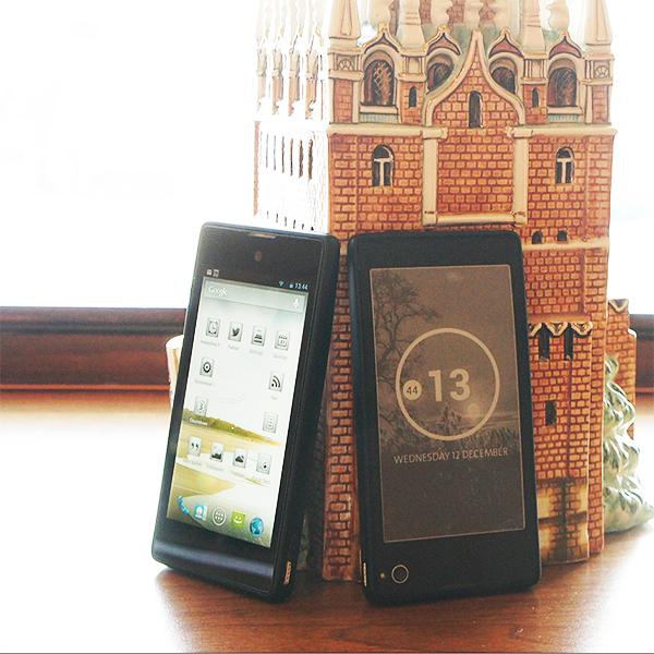 YotaPhone, Yota, смартфоны, Российский смартфон с двумя экранами поступит в продажу в этом году