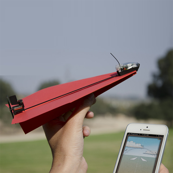 Kikstarter, На Kikstarter собирают деньги на мини-двигатель для бумажных самолетиков