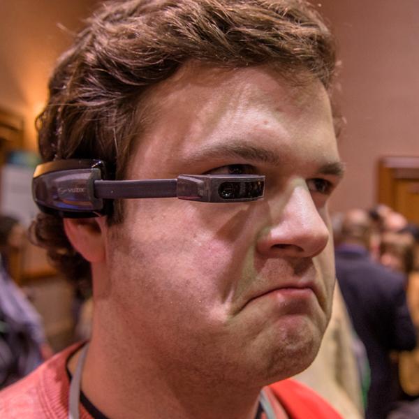 Vuzix, Google Glass, Компьютерные очки Vuzix поступили в продажу