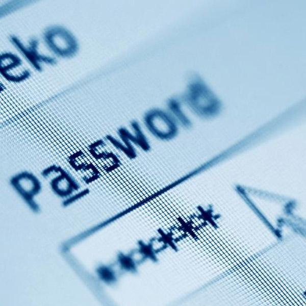 соц. сети, сетевая безопасность, пароль, На хакерском сервере обнаружили два миллиона паролей от Facebook и ВКонтакте