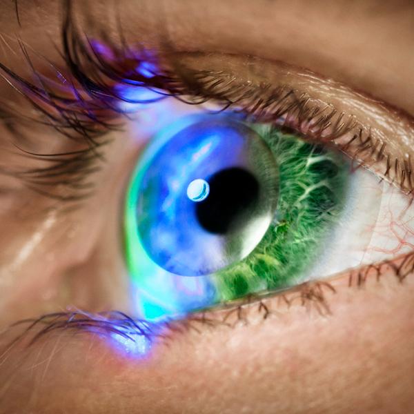 CES-2014, Innovega, «Умные» контактные линзы iOptik