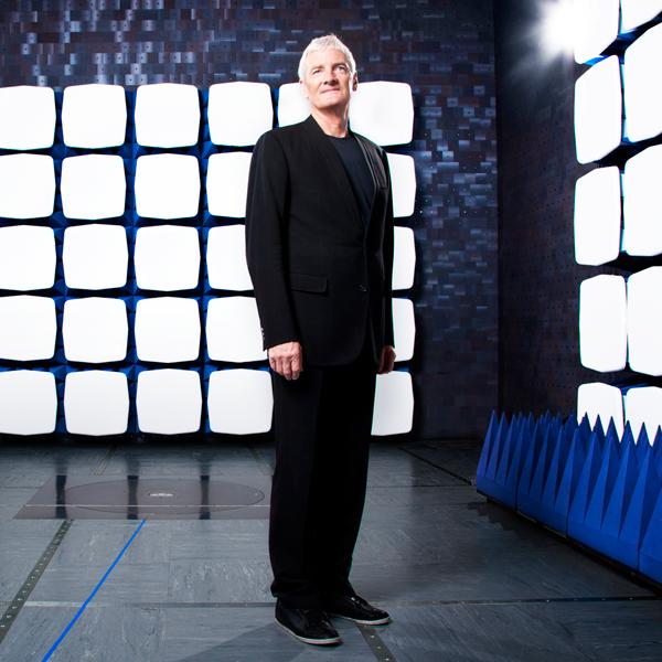 робот,роботы, Компания сэра Джеймса Дайсона вступает в гонку роботов