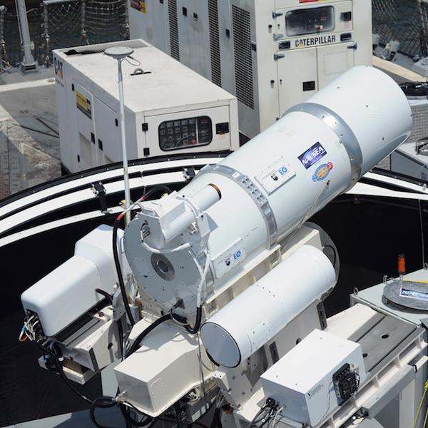 лазер, будущее, оружие, ВМС США пускает в ход гигантские лазеры