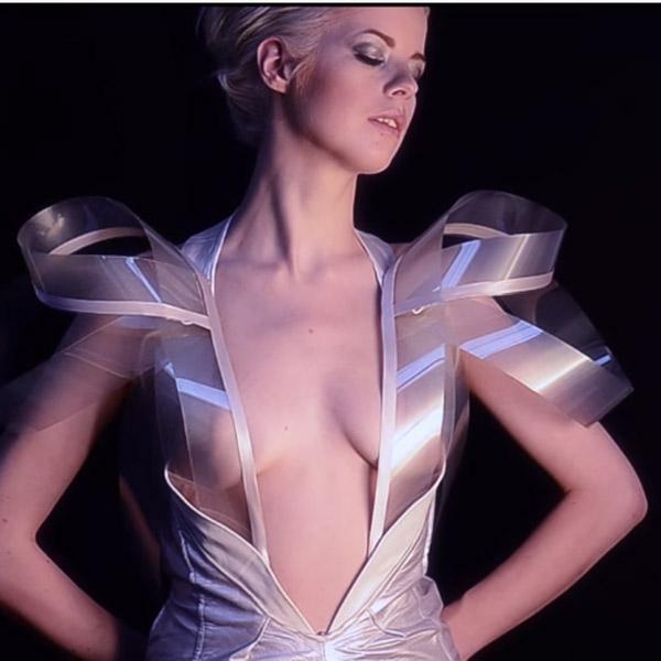 INTIMACY,платье, Платье, которое становится прозрачным от возбуждения