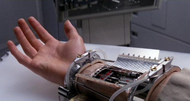 Руки Люка Скауокера и Дарта Вейдера: это уже не фантастика (2 фото + видео)