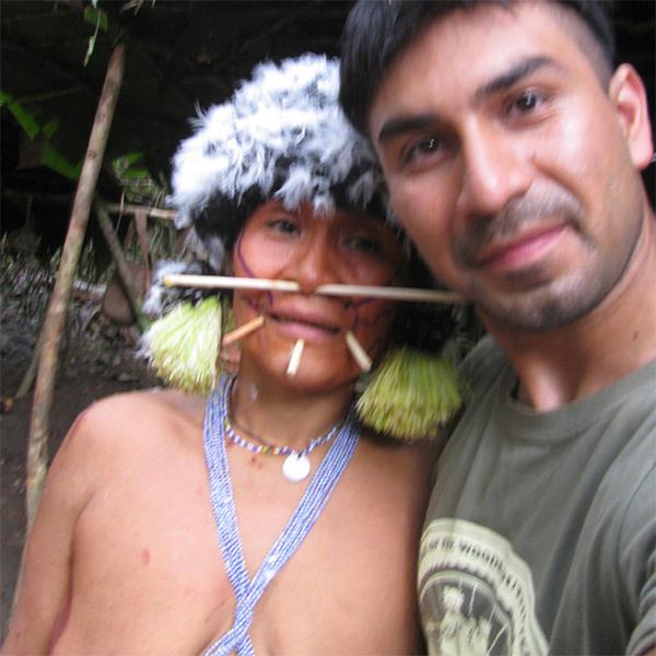 племя,Амазонка, Студент встретил потерянную маму в племени индейцев на Амазонке